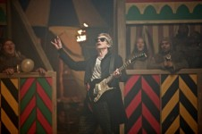 does dr who really play the guitar