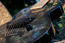 Lindo Rune Guitar