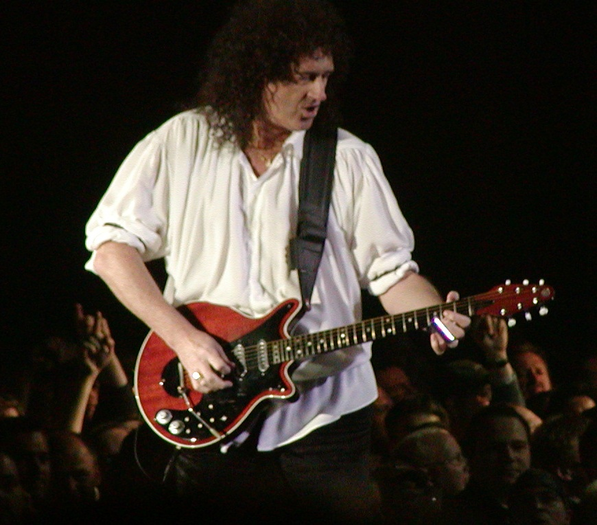 Learn to play guitar like Brian May