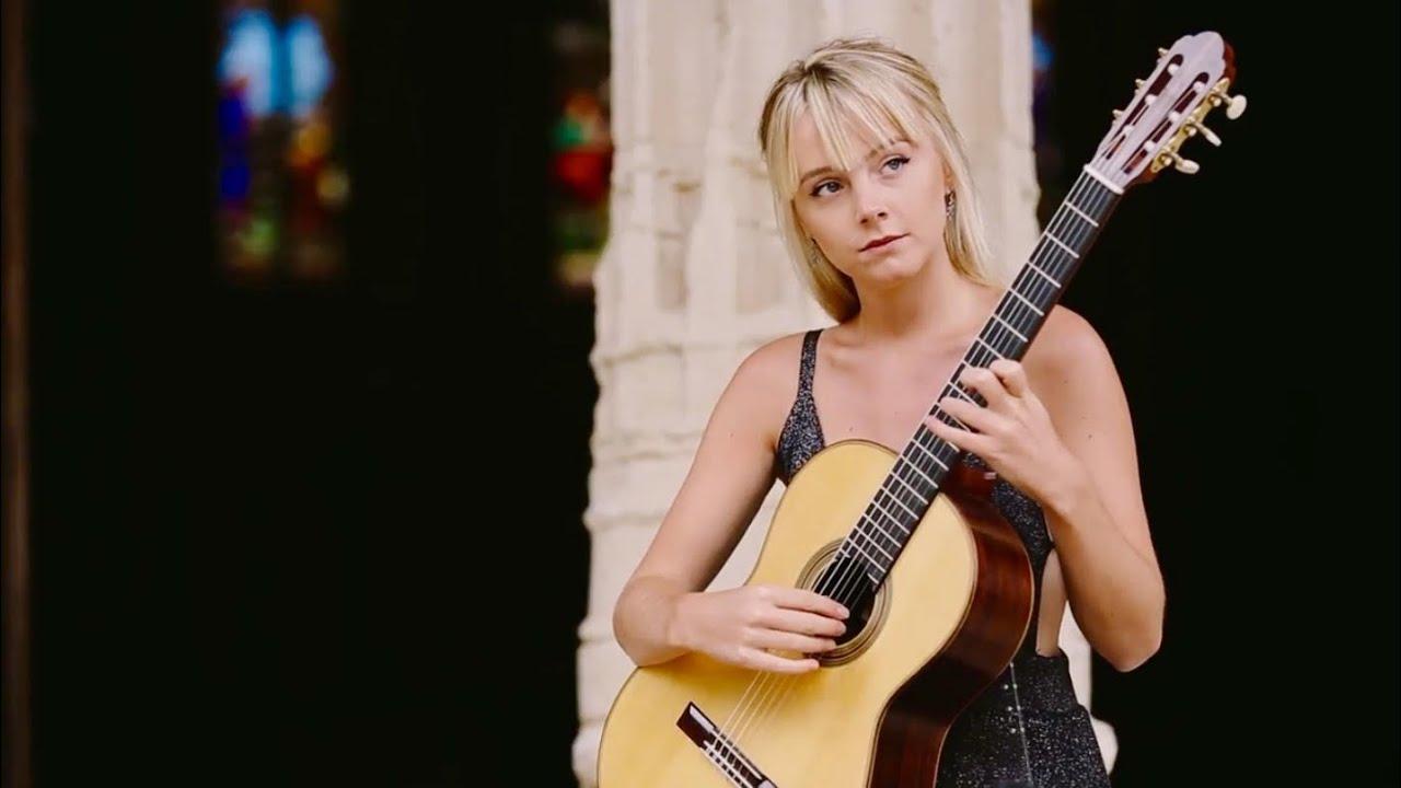 Alexandra Whittingham Classical Guitar Maestro Top